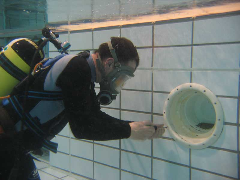 Underwater Leak Detection